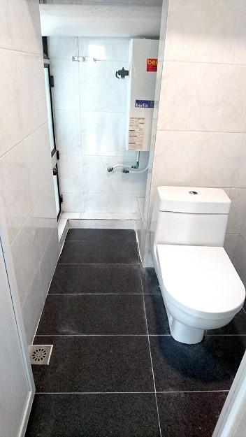 160 sq.ft. – Private Bathroom